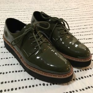 Chinese Laundry Green Platform Dress Shoes